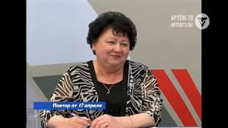 Прямой эфир с  начальником управления образования Людмилой Колпаковой
