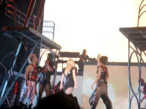 Till The World Ends - Britney Spears live La Plata, Argentina 20/11