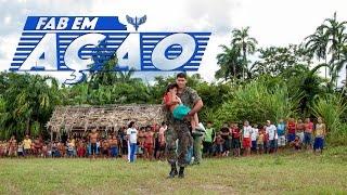 Veja nesta edição do FAB em Ação o apoio logístico prestado pela Força Aérea Brasileira a uma das principais ações de saúde na região Amazônica, a Expedição Yanomami. Um hospital foi instalado no meio da floresta para atender os índios que residem na fronteira do Brasil com a Venezuela. Acompanhe no vídeo os desafios dos voos da FAB em locais praticamente inacessíveis.