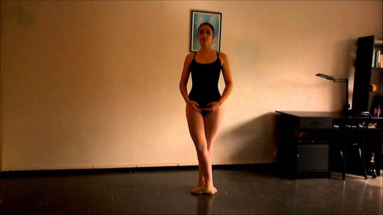 Tuto danse classique les pirouettes youtube for Exercices barre danse classique