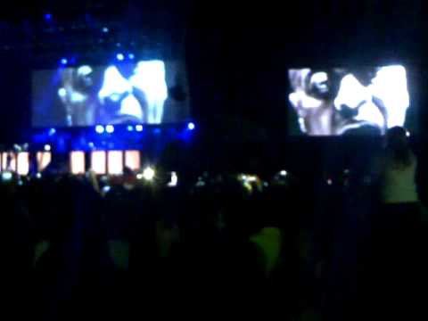 Justin Bieber Performing Live in Johannesburg, South Africa - Videos