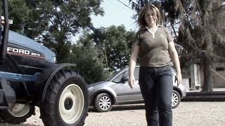 [Amazing Optical Illusion with a Tractor] Video