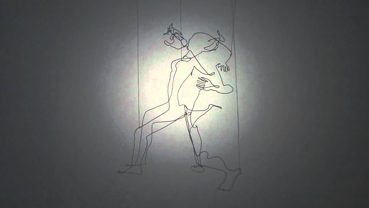 Small wire sculptures of dancers second series 2