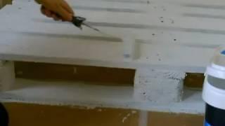 Como tratar la madera de un palé