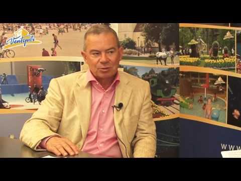 Смотреть видео Айварс Лембергс  в видео материале ответил на вопросы от горожан 10.07.2013.