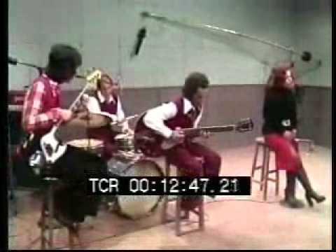 Ângela Maria ' Vida de bailarina ' + ' Orgulho ' em 1975 na TV