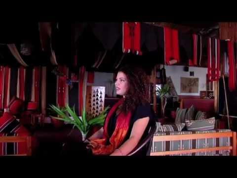 ناي البرغوثي ..صوت متميز وثقافة موسيقية جيدة