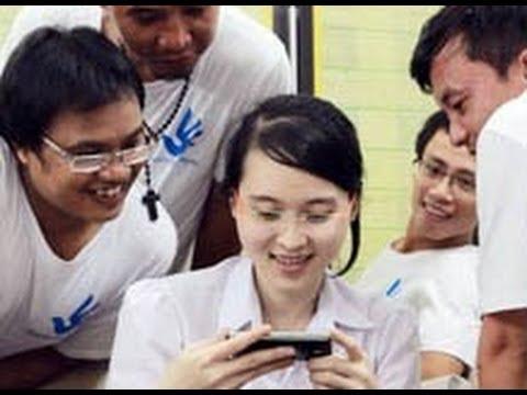 Nguyễn Phương Uyên được trả tự do sau phiên tòa phúc thẩm