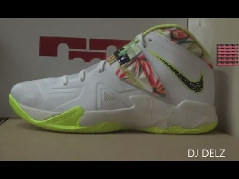 Nike Lebron Soldier VII Kings Pride Sneaker Review   On Feet With DJ    Lebron Soldier 7 Kings Pride