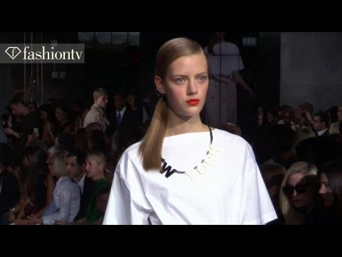 Duck Dynasty's Sadie Robertson Makes New York Fashion Week Debut