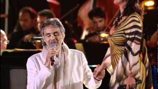 Andrea Bocelli & Laura Pausini - Dare To Live * HD * (Vivere Live In Tuscany 2008)