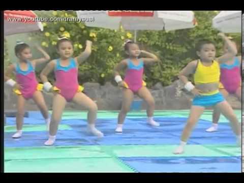 ▶ Aerobic thiếu nhi Cùng tập Aerobic với bài hát Trời nắng trời mưa   YouTube