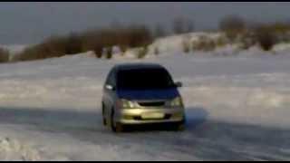 Toyota Nadia на льду