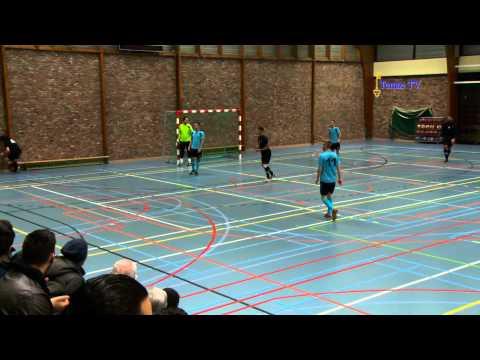 image vidéo  Un bon joueur de futsal