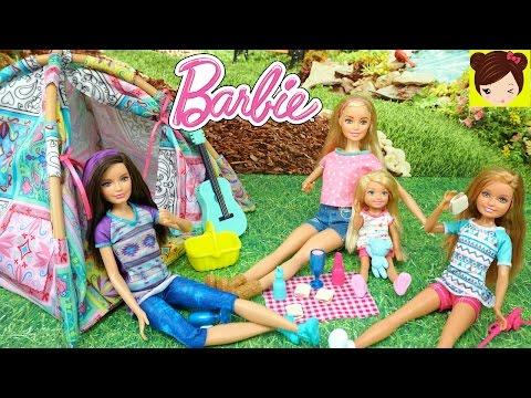 Barbie y Sus hermanas van de Campanento y Ken les da un Gran Susto - Juguetes de Barbie