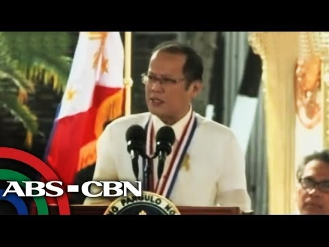 Man arrested after interrupting PNoy's speech