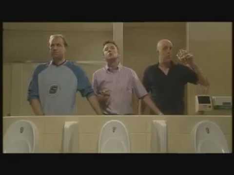 Clip hài - Khi 3 người đàn ông đi WC cùng nhau [VIP102.NET]