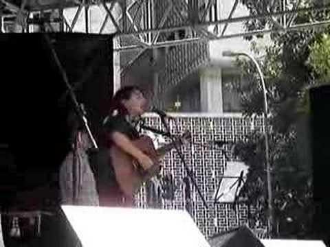 Mallu Magalhães - J1