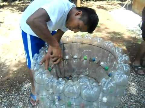 Basureros de botellas plásticas