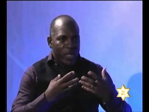 VIE DE  STAR Emmanuel Bouaffo