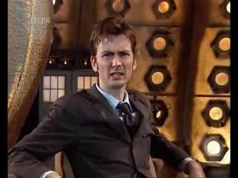 Doctor Who Attack of the Graske 1, I know it's not Christmas but that's a special episode of 2005. It's a bit like an quiz and also like a game. You are the companion of the Doctor and help hi...