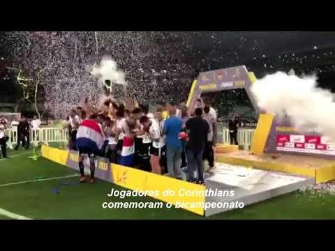 Corinthians: jogadores comemoram título