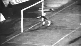 06J :: Sporting - 3 x Farense - 0 de 1973/1974 Golo de Yazalde