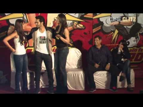 Varun Dhawan lifts co-stars Ileana D'Cruz, Nargis Fakhri