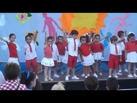 La Patita Lulú (Fiesta Fin de Curso 2012/2013. 4 años)
