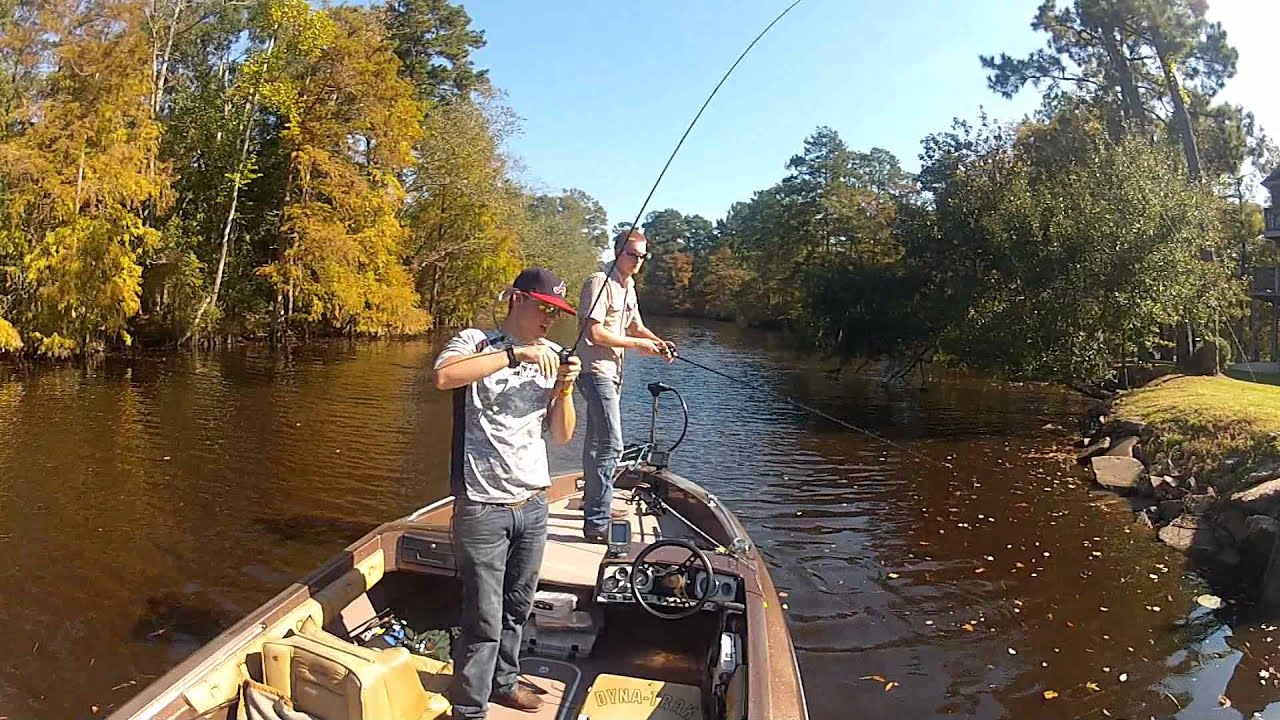 Gopro lake houston fishing trip 10 youtube for Lake houston fishing