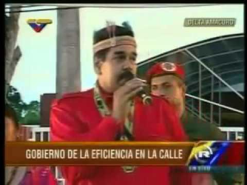 Maduro se arrecha con mujer del publico y casi le pega