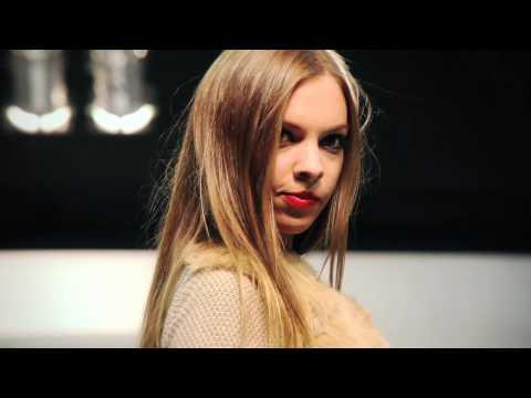 Pasarela desfile en el Salón Internacional de la Moda de Madrid (SIMM)