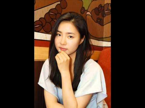 Girls of South Korea VS Girls of North Korea