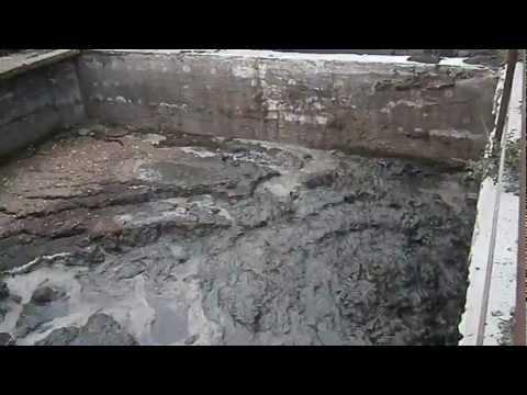 gnojowica sucha - mieszadło podrusztowe MGP 5,5 max AGROMOTOR 2  film