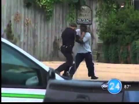 Thug vs Cop Fight