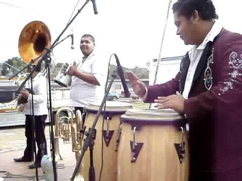 PALILLOS CHINOS BANDA CLAVE DE ORO DE SANTA ANA MAYA MICHOACAN
