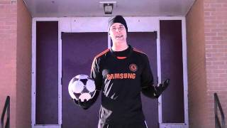 How To Improve Weak Foot In Football / Soccer