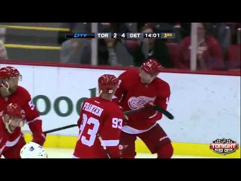 Daniel Alfredsson's First Goal With The Detroit Red Wings - September 27th, 2013