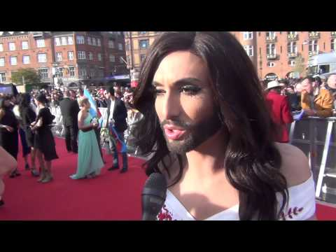 Eurovision 2014: Red Carpet Interview with Conchita Wurst (Austria)