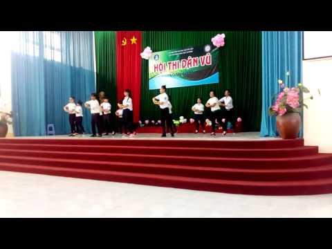 Nhảy dân vũ độc đáo