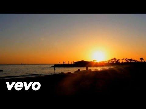 Смотреть клип Maroon 5 - Daylight