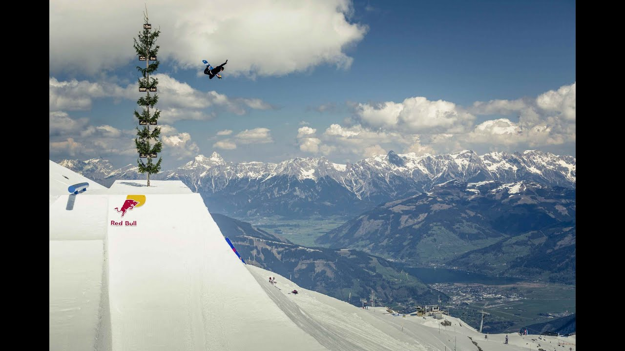 Video: Snowboard Session on Massive Hip Jump