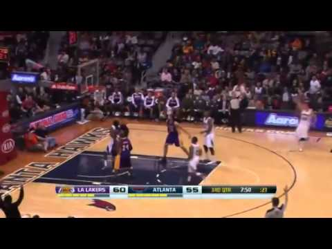Kyle Korver HITS 94th Three Pointer   Lakers vs Hawks   December 16  2013   NBA 2013 14 Season
