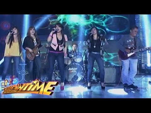 Aegis sings Katy Perry's 'Roar' in Showtime