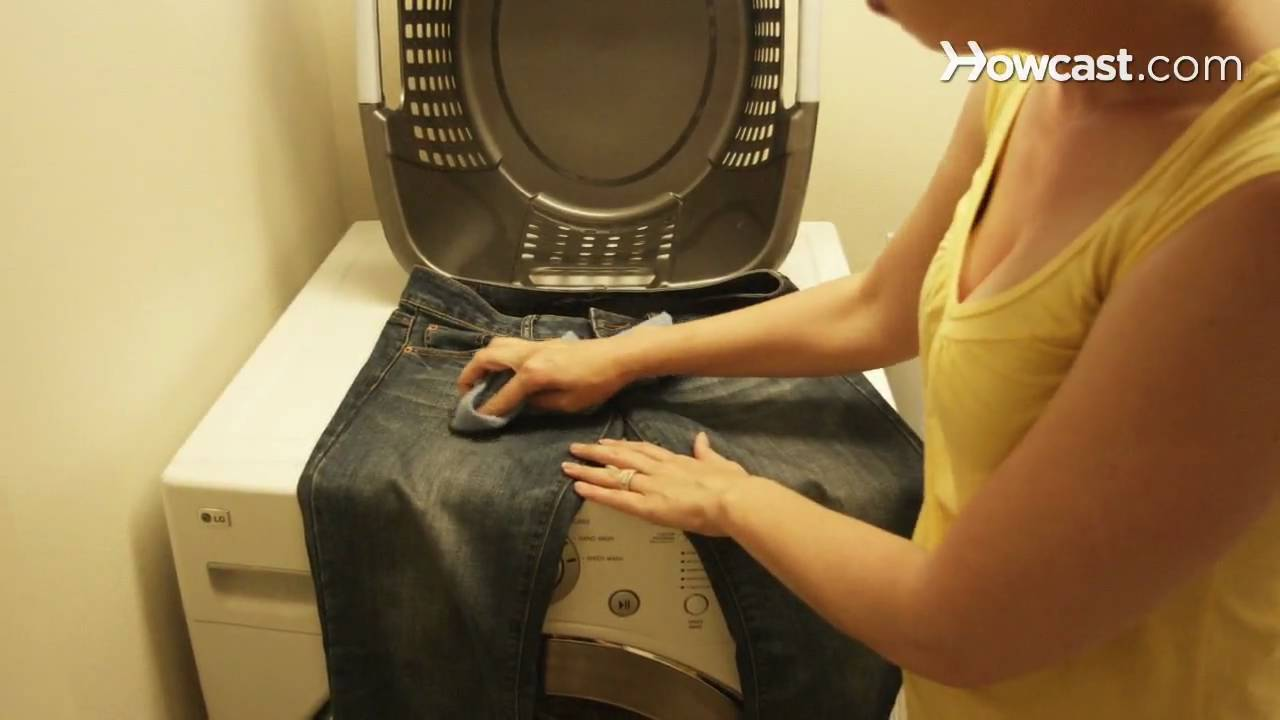 how to take curry stains out of clothes