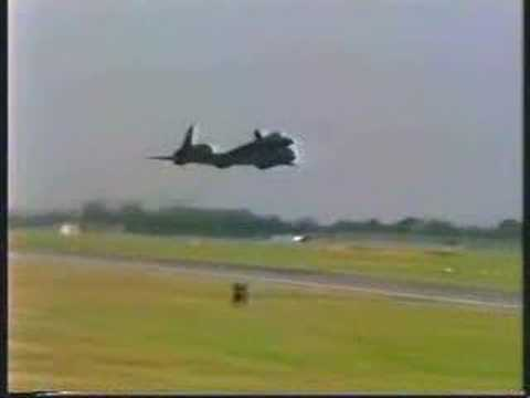Lockheed SR-71 Blackbird Must See Clips