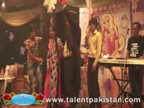 Girl difference pieces magic show Talent pakistan