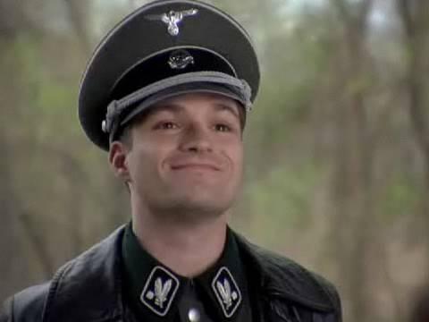 Grammar Nazi (문법에 대해 신경을 너무 많이 쓰는 사람) - 영어 원어민들이 자주 쓰는 영어