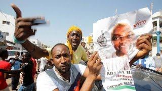 هزيمة مفاجئة لرئيس غامبيا في الانتخابات بعد تعهده بالبقاء في السلطة لمليار عام |