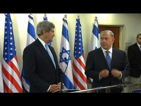 Kerry pushes on Mideast peace amid growing tension